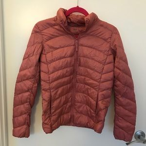 Uniqlo pink quilted lightweight down jacket